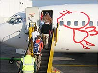 More passengers boarding = more profit for the airline?