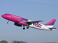 Wizz Air A320 at BUD