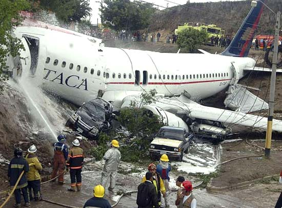etihad plane accident with Taca Airbus A320 Overran Runway In Honduras on Lebih Dekat Dengan Emirates Airline Yang Jadi Best Airline 2016 as well Airlineworld wordpress also Air Quality Inside Plane likewise Boeing 737 800 besides Bitchimaplane.
