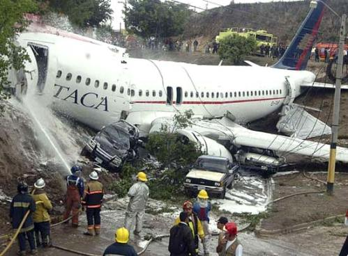 TACA Airbus A320 after the accident - c by Mercopress.com