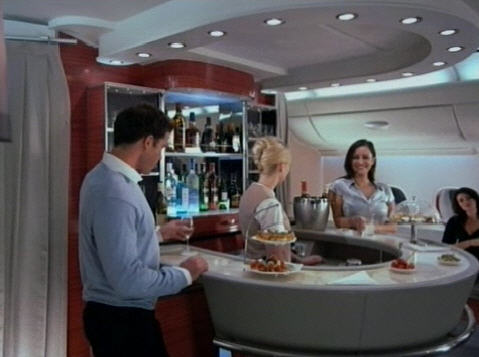 Emirates A380 Bar (c by Airbus)