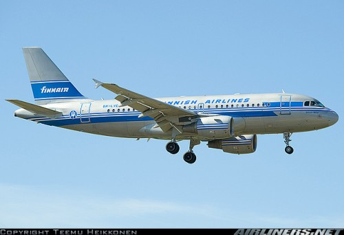 Finnair Airbus A319 in Retro Livery (c by Teemu Heikkonen on airliners.net)