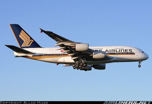 Singapore Airlines A380 arriving at London Heathrow - c by Allan Huse on airliners.net