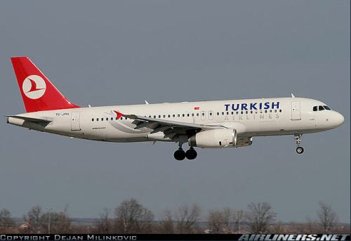A Turkish Airlines Airbus A320 - photo c by Dejan Milinkovic on airliners.net
