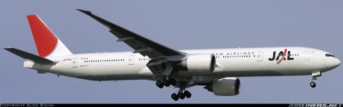 Japan Airlines Boeing 777-300ER (replacing the 747-300 Classic Jumbo Jet fleet) - c by Aldo Bidini on airliners.net