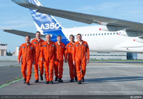 A350 XWB First flight crew - by Airbus